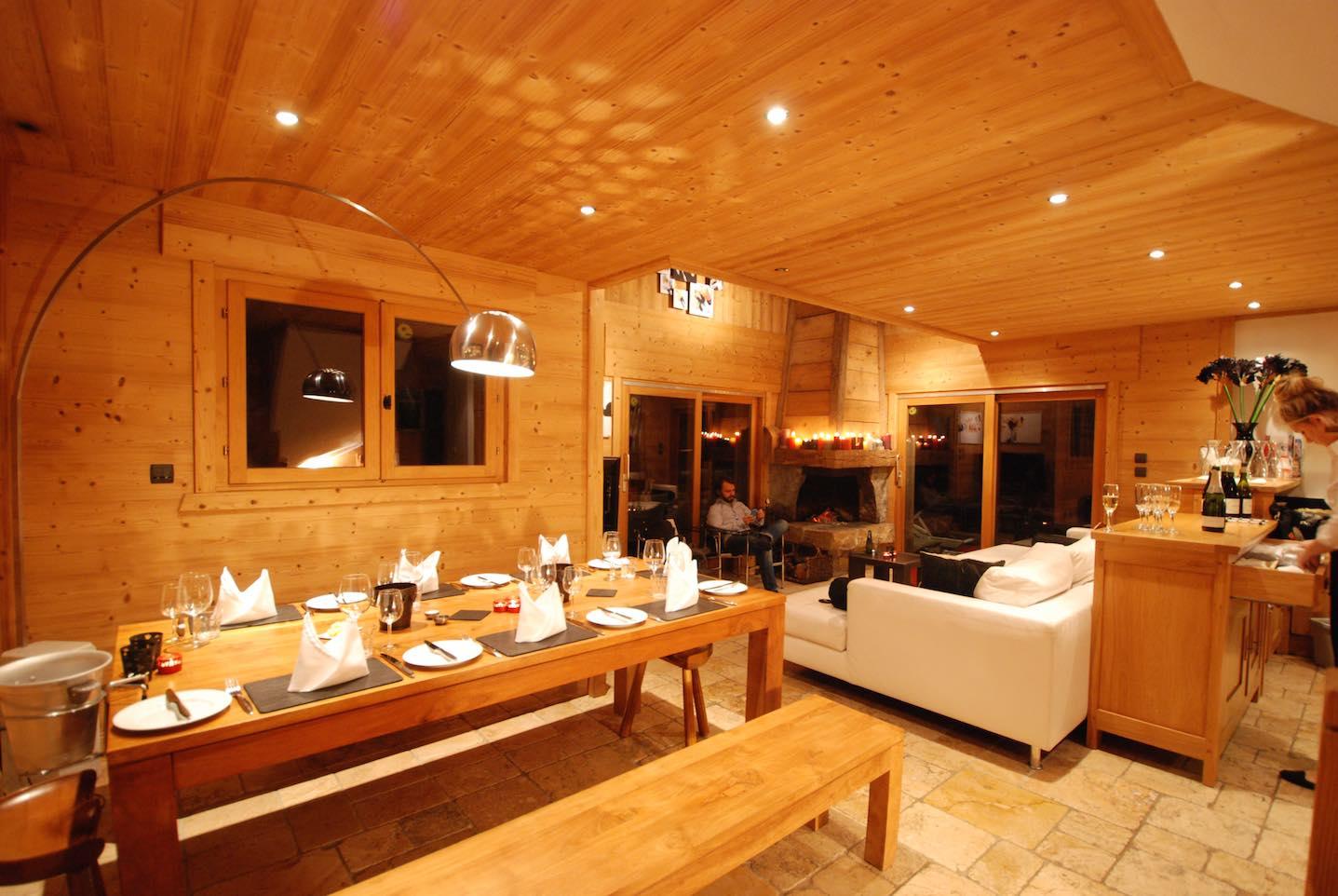 Morgan Jupe - Chalet de mes Rêves - Dining:Lounge