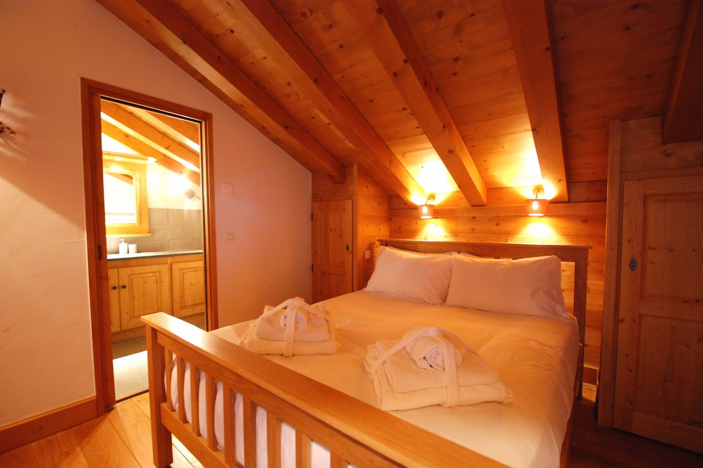Morgan Jupe - Chalet des Amis - Bedroom 1