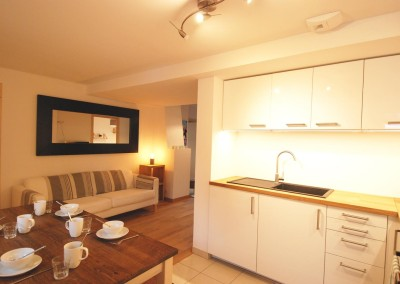 Morgan Jupe - Apartment Florimont - Kitchen:Dining - 02 (low res)
