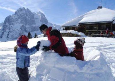 Family - Snow