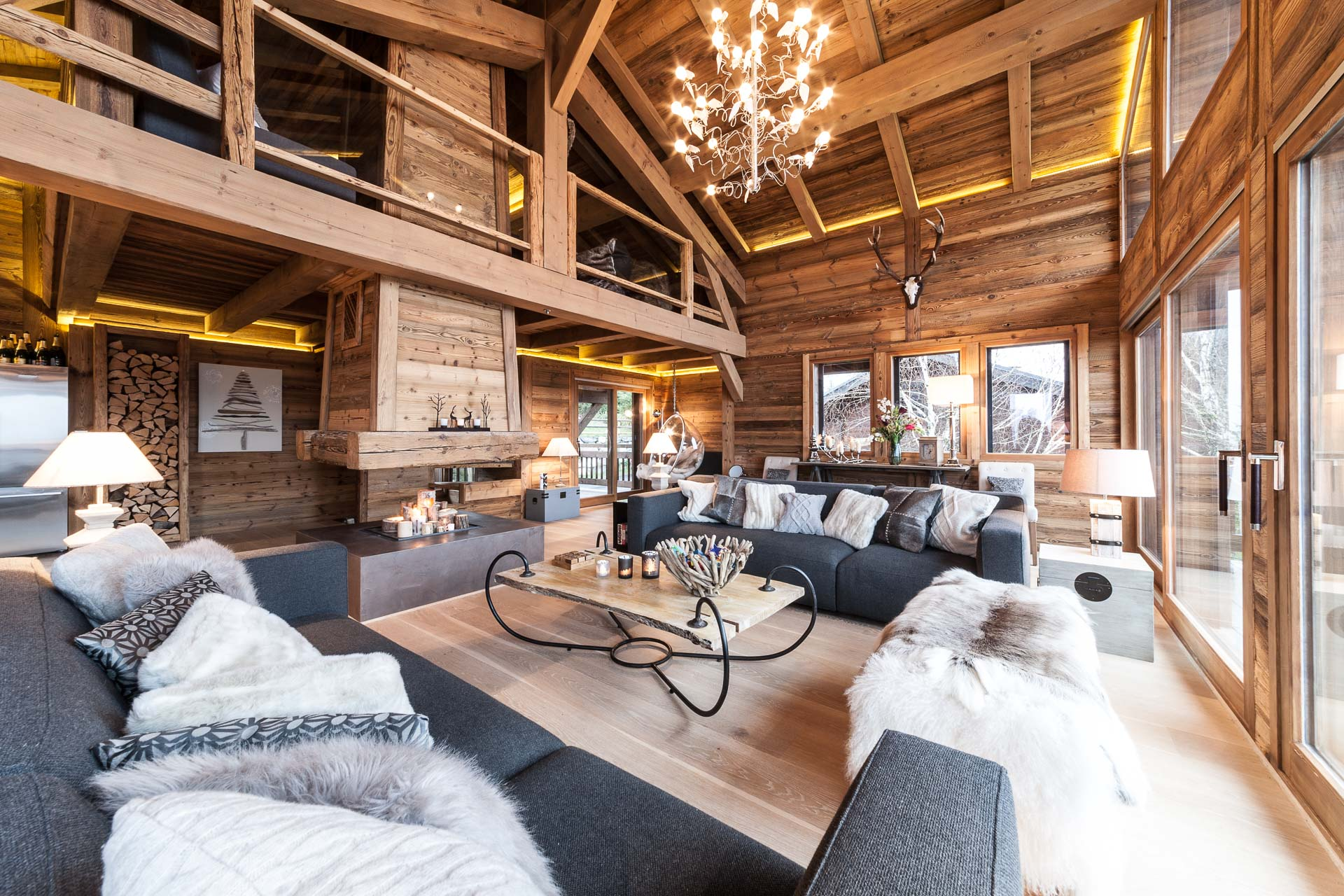 Chalet Louis - Morgan Jupe | Luxury Catered Ski Chalets ...