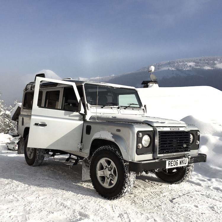 Land Rover 1 (2) (3)