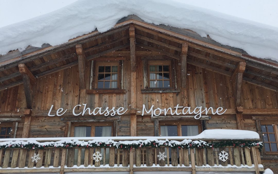 Our Favourite Mountain Restaurants and Meeting Points for Non-Skiers