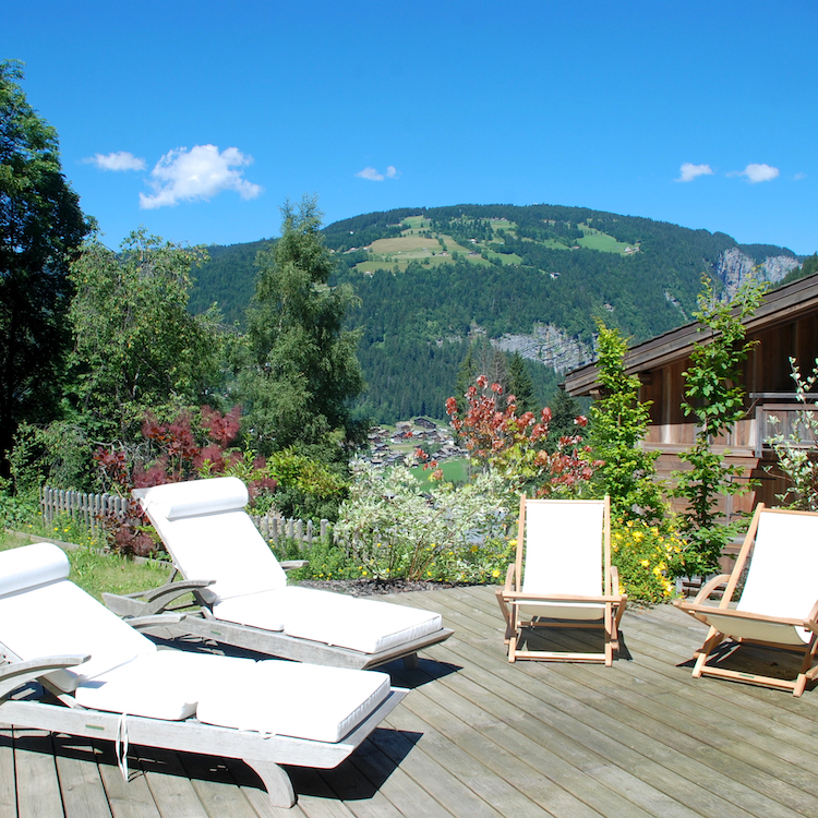 Morgan Jupe Luxury Catered Ski Chalets Morzine - Summer - Chalet de mes Rêves - Blacony - 02