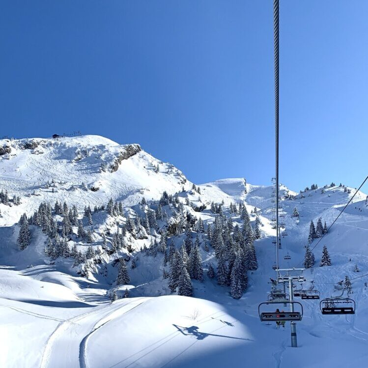 Winter skiing holidays in Morzine